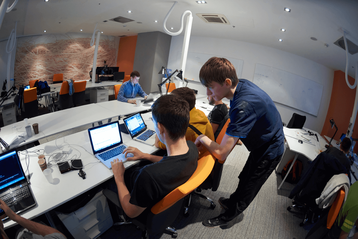Cara Membentuk Team yang Produktif untuk Startup Anda   Blog Dewaweb