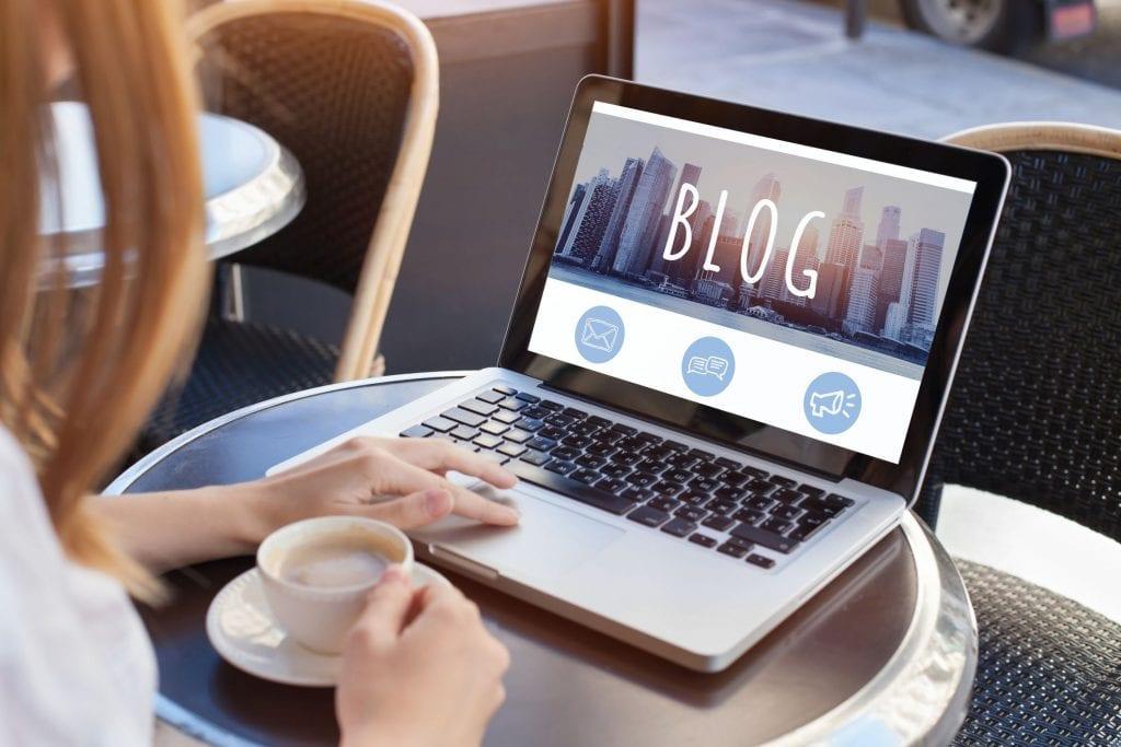 cara mendapatkan uang dari internet blogger